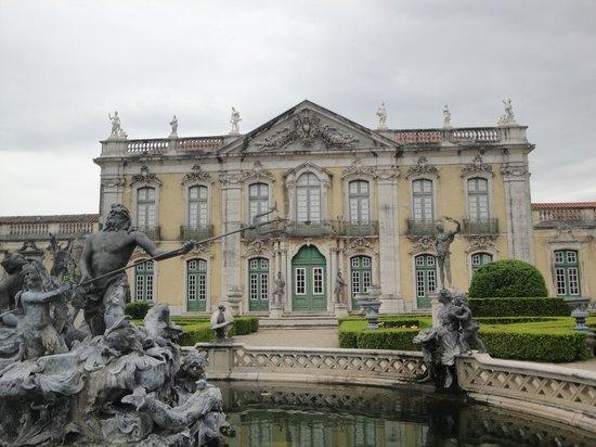 Palais National de Queluz : Completely reminds me of Versailles
