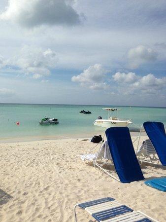Aruba Marriott Resort & Stellaris Casino: Beach