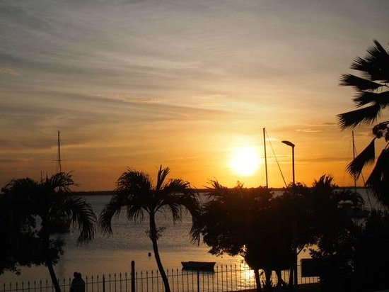 Bonaire Oceanfront Apartments : Sunset