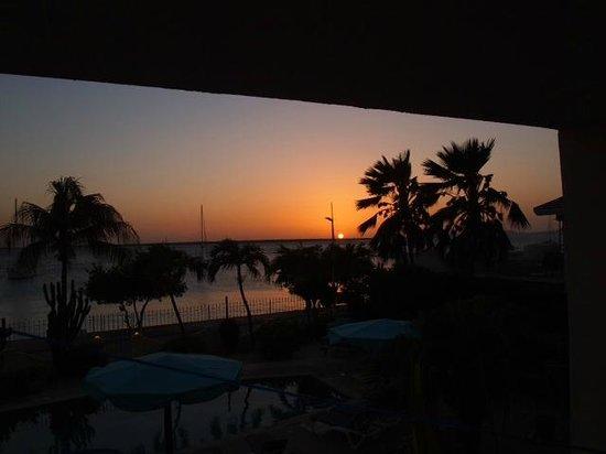 Bonaire Oceanfront Apartments : Stunning Sunset