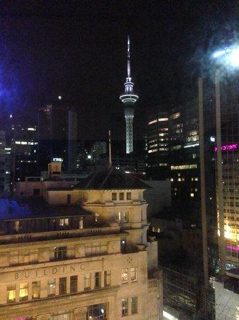 Mercure Auckland : Level 10 view.