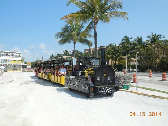 Conch Tour Train : Key West Conch Train