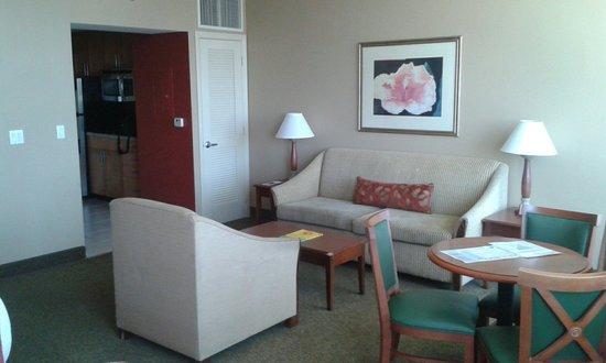 Residence Inn Fort Lauderdale Pompano Beach/Oceanfront : Dagligstuen
