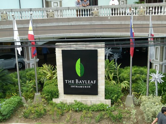 The Bayleaf: Sign in front of hotel