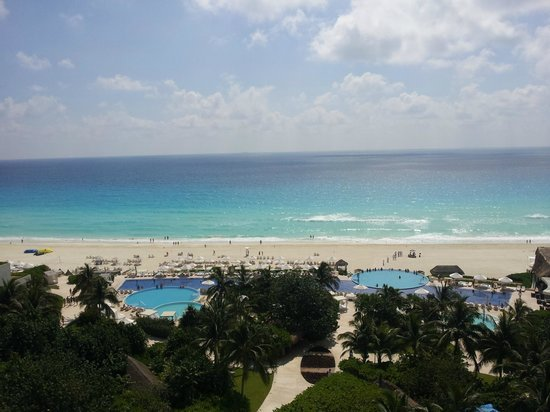 Live Aqua Cancun All Inclusive: Ocean View from 5th floor