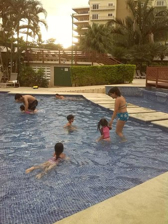 BEST WESTERN Jaco Beach All Inclusive Resort: La piscina de niños sin riesgo y divertida