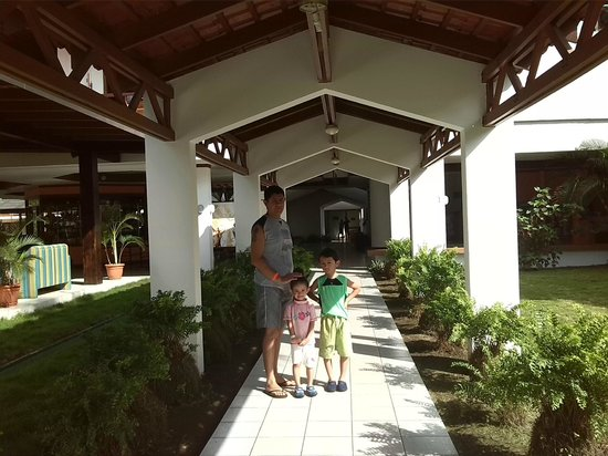 BEST WESTERN Jaco Beach All Inclusive Resort: Rumbo a la habitación