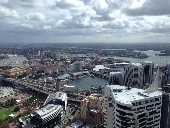 Meriton Suites World Tower, Sydney : View from apartment