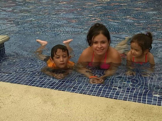BEST WESTERN Jaco Beach All Inclusive Resort: un chapuson para refrescarse del calor