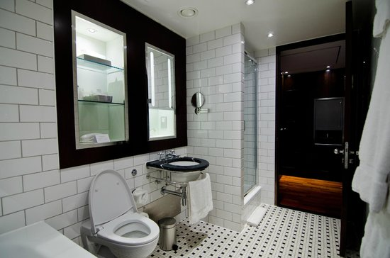 Andaz London Liverpool Street: Bathroom2