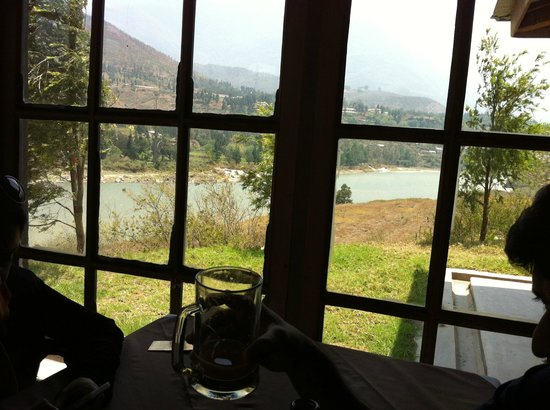 Punatsangchhu Cottages: view from the restaurant