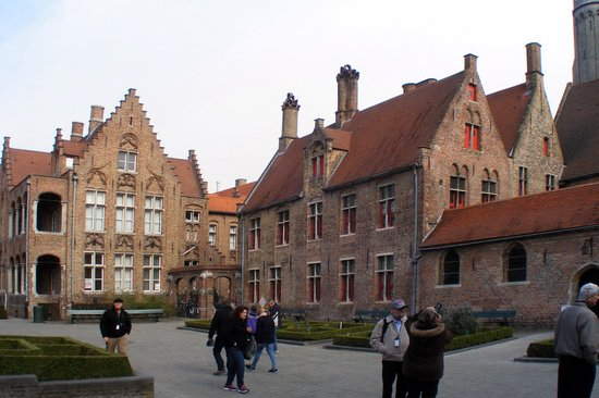 'T Zand: A view from the Square