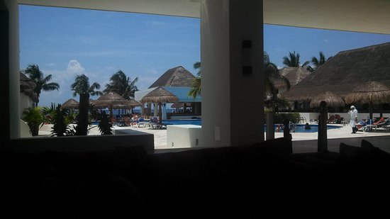 Sunscape Sabor Cozumel : View from the lobby at Sunscape