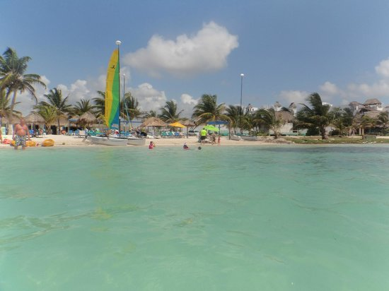 Nohoch Kay Beach Club : View from The water