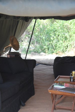 Leopard Trails Camp Sri Lanka : Sitting Area Great For Reading And Having A Beer