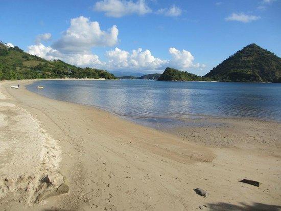 Plataran Komodo Resort: Beach at Plataran Resort