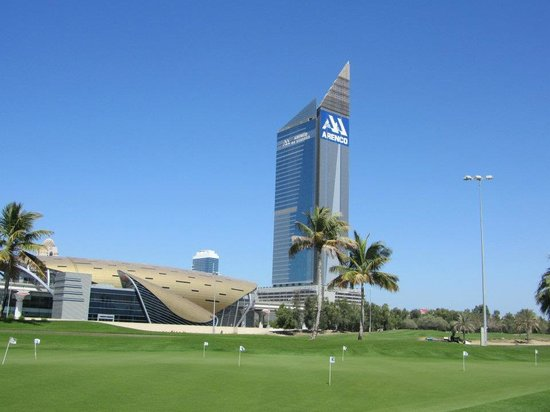 The Emirates Golf Club : RELAX