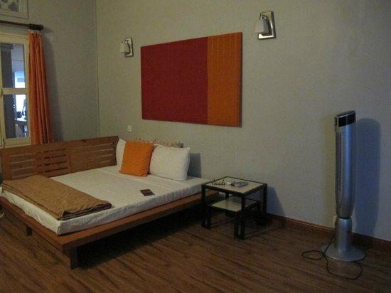 Circa 51: Futon bed