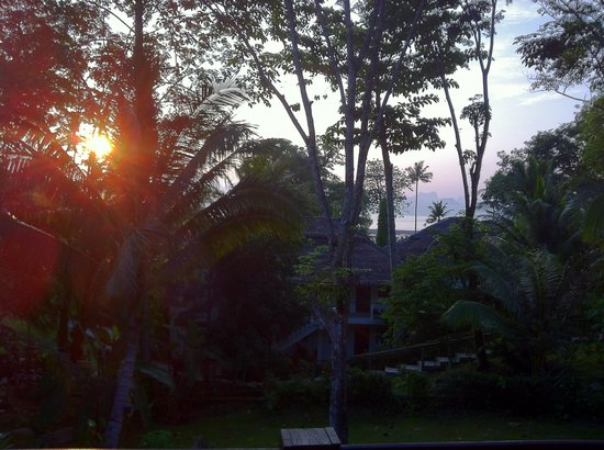 Paradise KohYao : Awesome Sunrise View