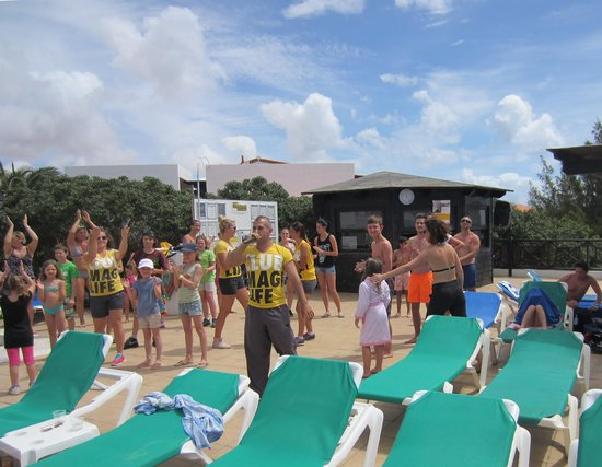 TUI MAGIC LIFE Fuerteventura: Entertainment at the pool