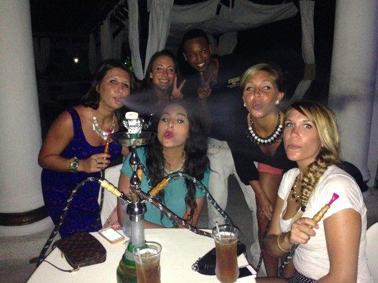 The Tropical at Lifestyle Holidays Vacation Resort: VIP Pool - Hookah Bar