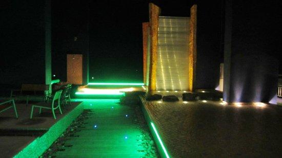Siam@Siam Design Hotel Pattaya: Roof top pool