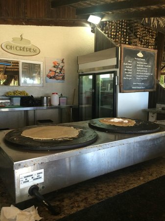 The Tropical at Lifestyle Holidays Vacation Resort: Serenity Beach - Crepe Station