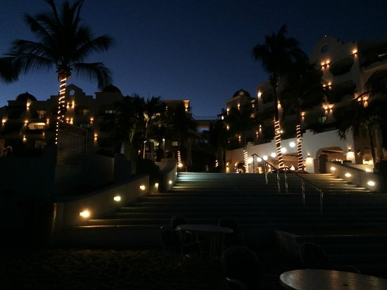 Pueblo Bonito Los Cabos: dusk from the beach, looking up at the resort