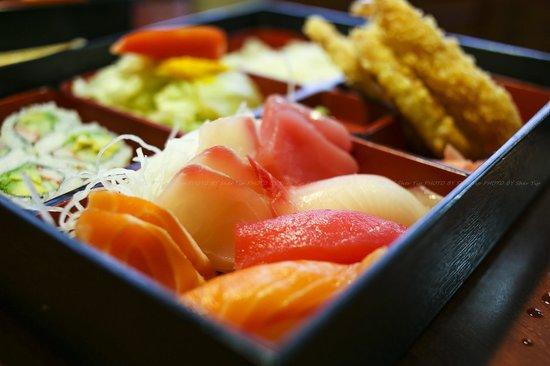 Ogawa Japanese Restaurant: Sushi Sashimi Bento