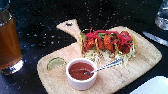 Willi's Seafood & Raw Bar: Amazing fish tacos