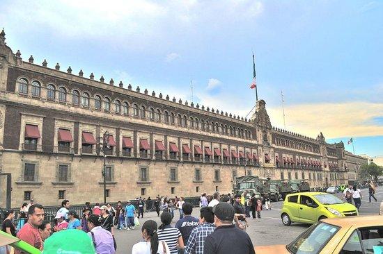 Gran Hotel Ciudad de Mexico: National Palace