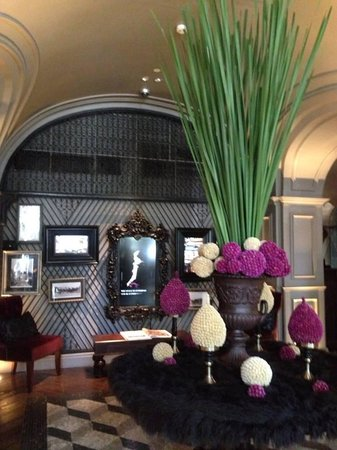 Hotel Muse Bangkok Langsuan - MGallery Collection : Once you entered the hotel