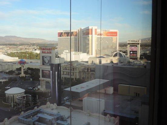 Flamingo Las Vegas Hotel & Casino: Vista durante o dia
