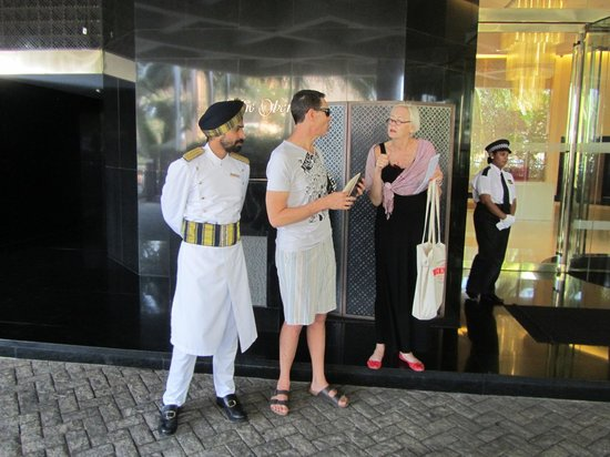 The Oberoi, Mumbai: At the front entrance