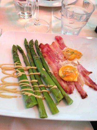Osteria di Brera: Asparagus dish