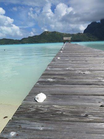 Eden Beach Hotel Bora Bora: day time at Eden
