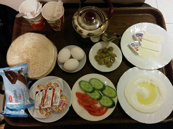 Celino Suites Hotel: Arabian breakfast. Either in your room or in the eating area