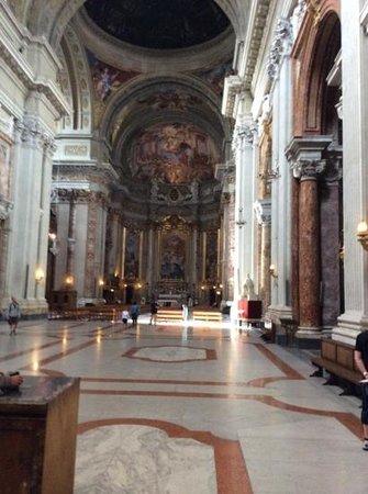 Chiesa di Sant'Ignazio di Loyola: Stunning ceiling!