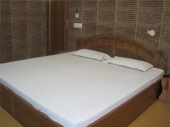 Hotel Anant