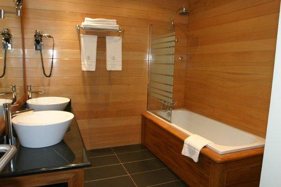 Tana Hotel : salle de bains