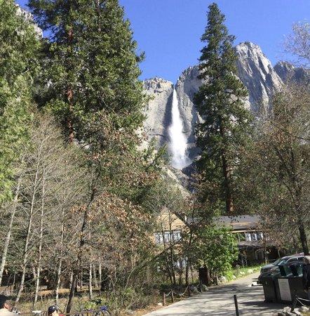 Yosemite Valley Lodge: yosemite fall