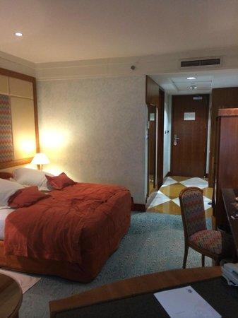 Dubai International Hotel : Номер
