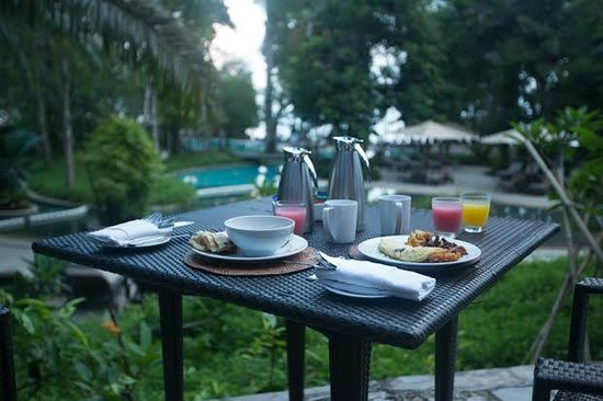 The Andaman, A Luxury Collection Resort: Breakfast at the restaurant