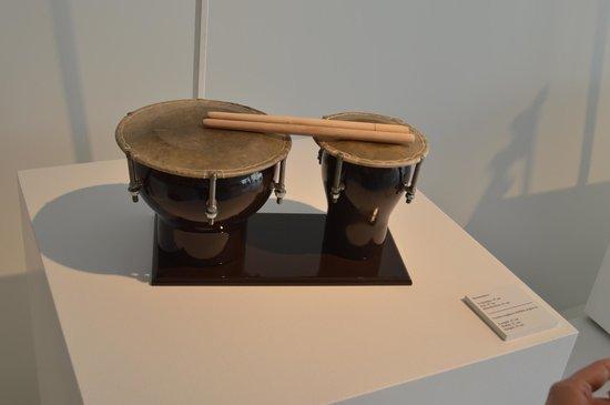 Heydar Aliyev Cultural Center: traditional instrument