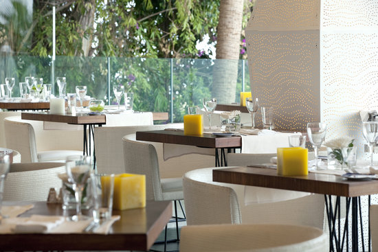 Londa Hotel: Caprice at Lunch Time