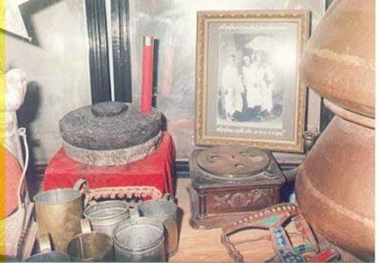 Ширди, Индия: Various things used by baba in Dixit Wada Museum Shirdi