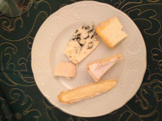 Arc-en-Barrois, Fransa: Käse , Fromage
