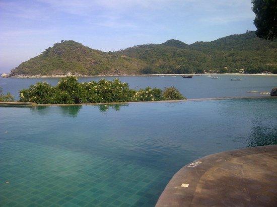 Panviman Resort - Koh Pha Ngan: zwembad met een vieuw