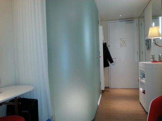 citizenM Rotterdam : room