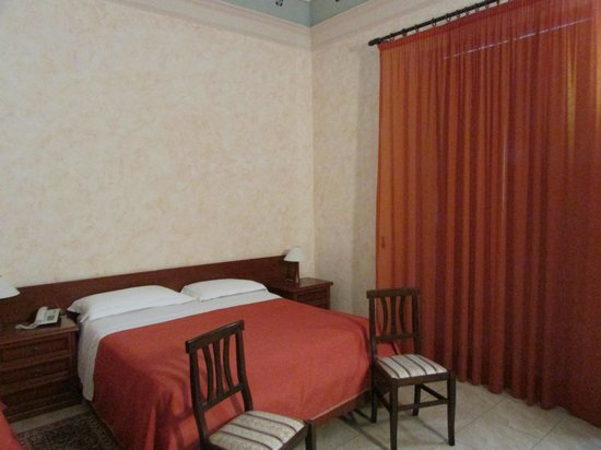 Hotel Gresi: Номер на троих